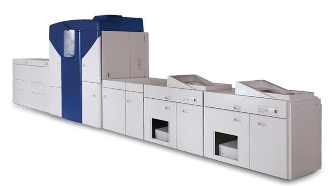 El IESE mejora sus sistema de impresión de documentación